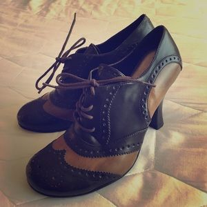 曆Monday Sale曆 Wingtip High Heels