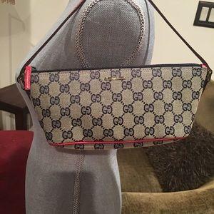 Gucci pouchette signature GG small purse