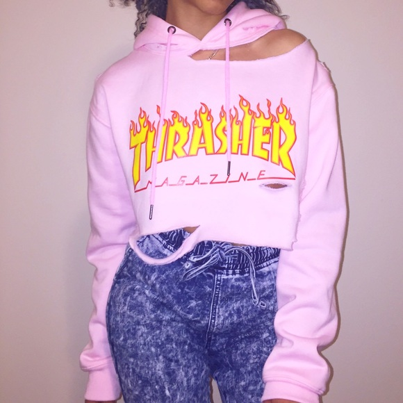 6b98364d6132 ... distressed pink THRASHER hoodie🦄. M 58952a9af0137d2ff800bbe6