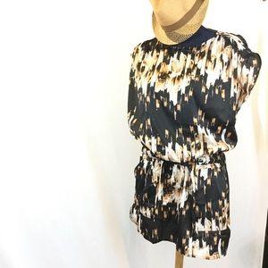 Derek Lam Dresses & Skirts - FIRM🎯New DEREK LAM Tunic Dress Black Tan Print