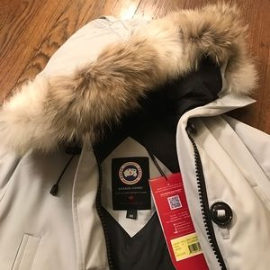 Canada Goose Jackets & Blazers - Brand new with tag Canada Goose Chilliwack Bomber