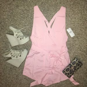 CHOISE Other - Light pink romper 💕