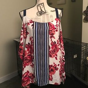 Tops - Cut out shoulder flower shirt.