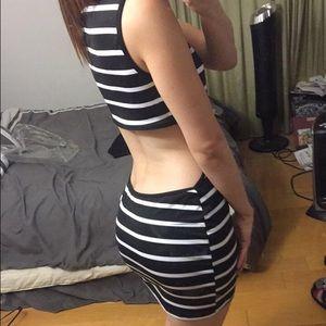 Ami Dresses & Skirts - Black & white open back dress size L