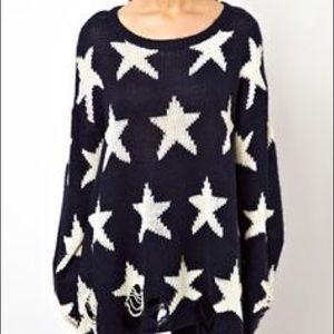 Wildfox Sweaters - Wildfox Star Print Raglan Sleeve Crew Sweatshirt