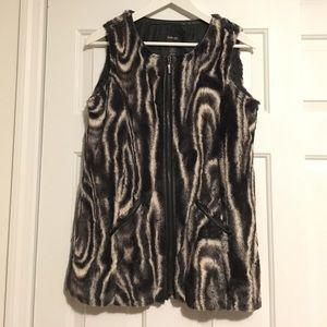 Pattern Faux Fur Vest
