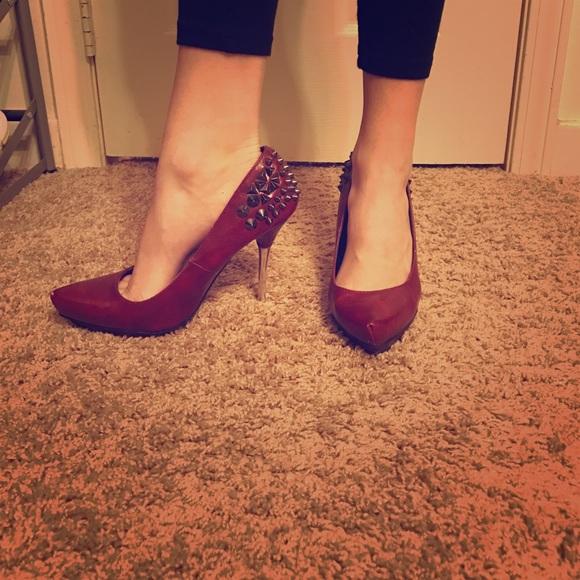 516ea6311663 Super hot red spiked high heels 👠. M 589551d68f0fc49ac60172a2
