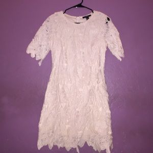 Short sleeve floral bodycon dress.