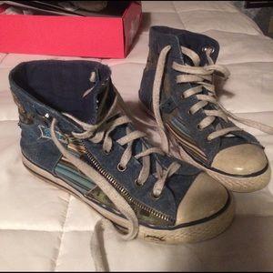 Gotta Flurt Shoes - Punk grunge distressed chucks