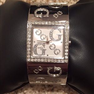 Accessories - GUESS bangle silver watch