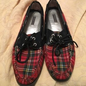 Sperry Shoes - SALE~ Sperrys unique red/green plaid
