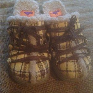 Rocket Dog Shoes - Rocket Dog Clogs - Size 7 (Brown And Yellow)