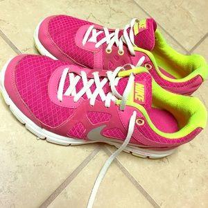 Gently Used Nike Lunarlon's