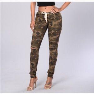 Fashion Nova Denim - Without knee slit