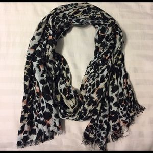 White and black leopard print scarf