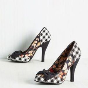 Mojo Moxy Shoes - Gingham check& butterfly pumps mojo Macy