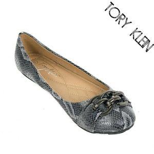 Tory K Shoes - Women Chain Link Buckle Flats,  b-1621, Gray