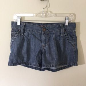 Mossimo Supply Co. Pants - Mossimo Jean Denim Shorts Size 5