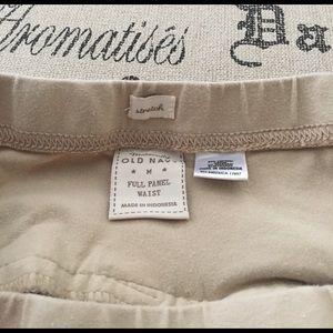 Old Navy Shorts - Maternity Bermuda khaki shorts size medium