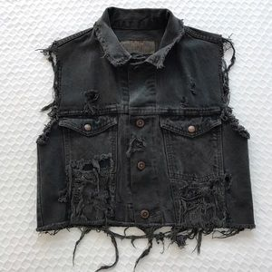 Vintage distressed wrangler jean vest