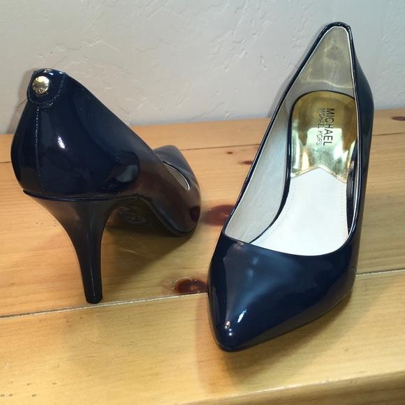 bdcba89dcb6c Michael Kors Navy Blue Patent Leather Heels. M 589a4e644e8d172a6d028a5b