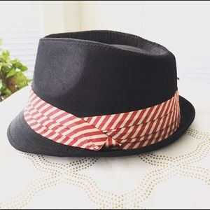 Accessories - NWOT • Cute Fedora with Red and Cream Striped Band