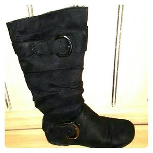 Black faux suede Boot