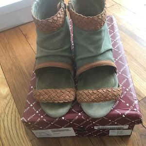 80%20 Shoes - 80%20 Georgie Braided Hidden Wedge Sandals