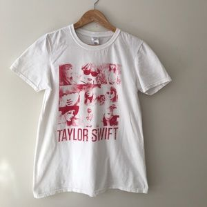 Gildan Tops - Taylor Swift RED Tour TShirt
