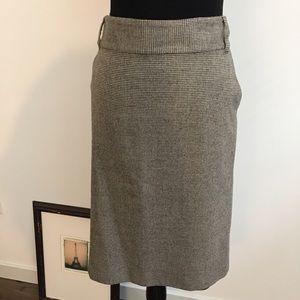 Banana Republic Dresses & Skirts - Banana Republic Houndstooth Skirt