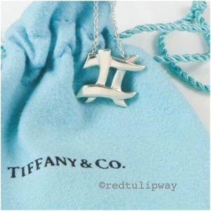 🌟Auth.🌟 Tiffany & Co. Cross Hatch Pendant