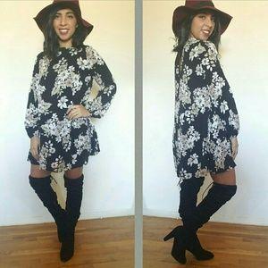 Dresses & Skirts - BLACK WHITE FLORAL SHIFT DRESS