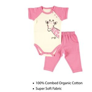Organic bodysuit and pant set NWT 👶👶