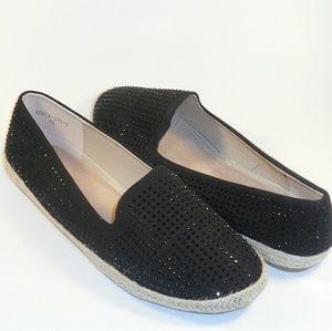 Shoes - 💐🌸🌼FLAT RHINESTONE ESPADRILLES