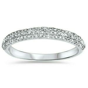 Worthington Jewelry - Beautiful Diamond Ring 14kt White Gold W/Paperwork