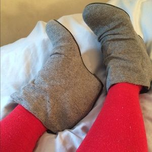 Shoes - Sweater bootie