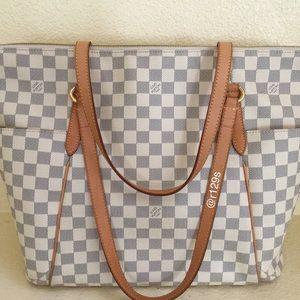 Louis Vuitton Handbags - Authentic Louis Vuitton 'Totally' Handbag