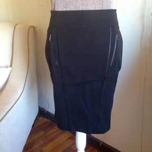 Ann Taylor Size 2 Pencil Skirt