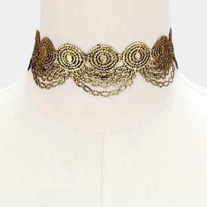 BRAND NEW Reversible Gold Embroidered Lace Choker