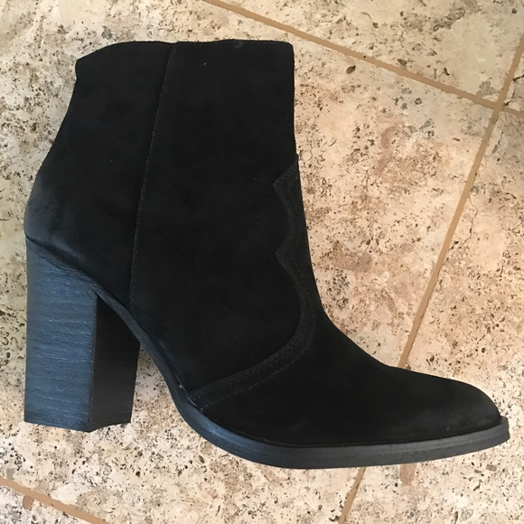 Women's Caillin Ankle Bootie