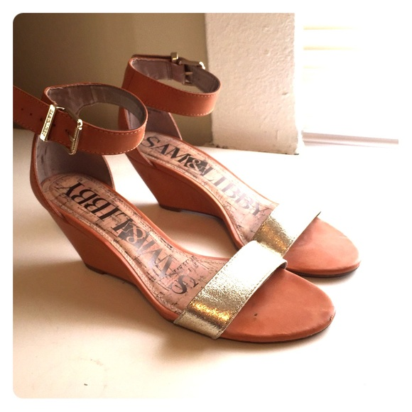 85caba4ea0b2 Sam   Libby wedge sandals. M 589655da5a49d059f904b8cc
