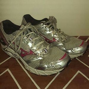 Mizuno Shoes - Mizuno Wave Rider 14 Runners