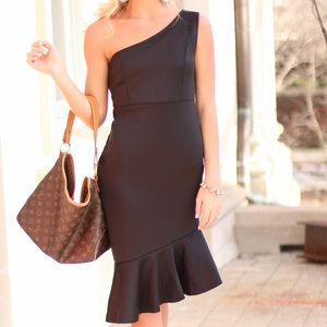 Dresses & Skirts - One-Shoulder Black Ruffle Dress