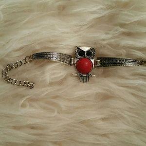 Jewelry - Owl Shape Gem Bracelet