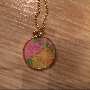 Lilly Pulitzer Jewelry - Lilly Pulitzer Pendant Necklace