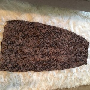 Dresses & Skirts - Maxi skirt size sm tanish/ brown and black details