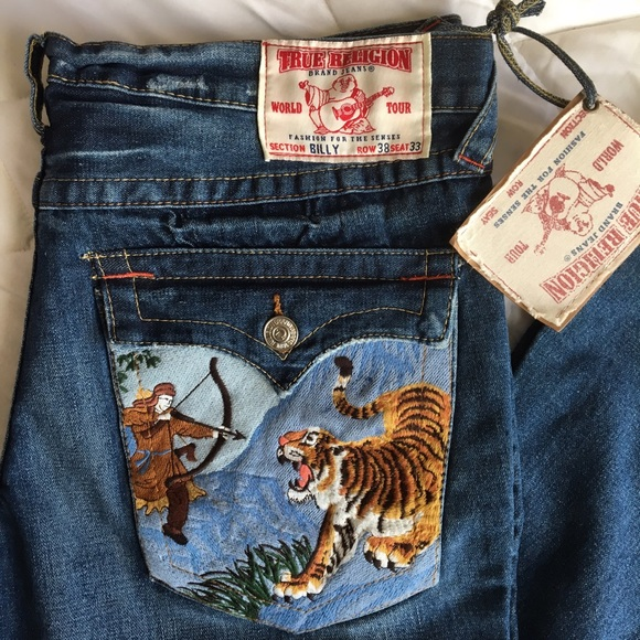 54441c33000ab QUICK SALE True Religion Embroidered jeans