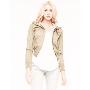Tilly's Jackets & Blazers - Olive green Bomber Jacket green M/L