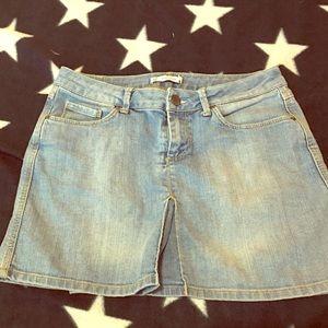 Zara women jean skirt size 6