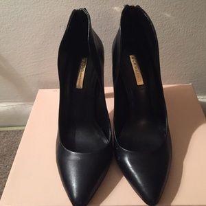 BCBGeneration Shoes - BCBG BG-Conrad leather zip back heels size 8.5